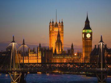 British Parliament. | Source: Google - Fanpop.com.