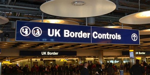 border controls - parliament street